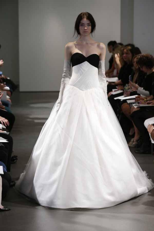 bridal-dresses-2014-by-vera-wang-9