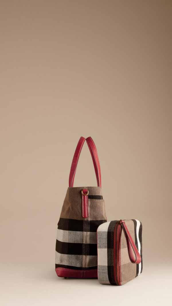 burberry-childrenswear-aw-2013-2014-12