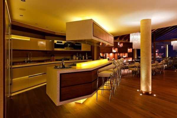 modern-luxurious-kitchen-island