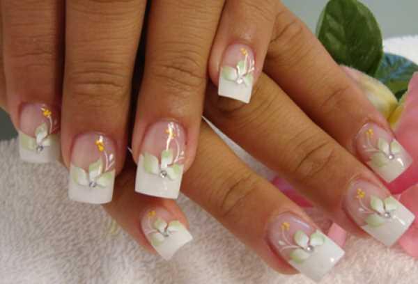 14222__600x1240_floral-wedding-nail-art11 Идеи свадебного маникюра в цветочной тематике
