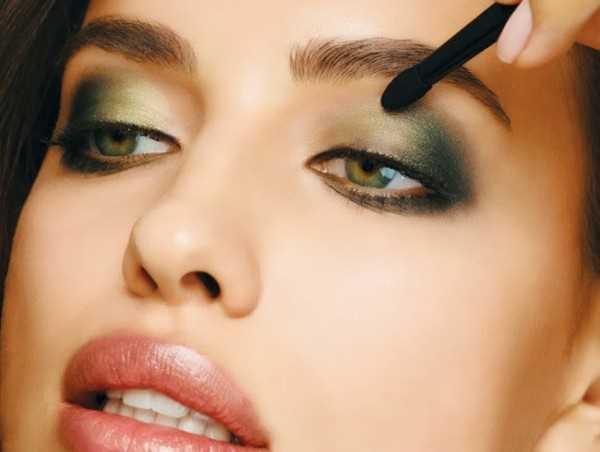 irina-shayk-make-up-2013-2014-7