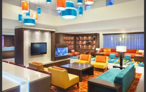 Яркие идеи оформления гостиной
