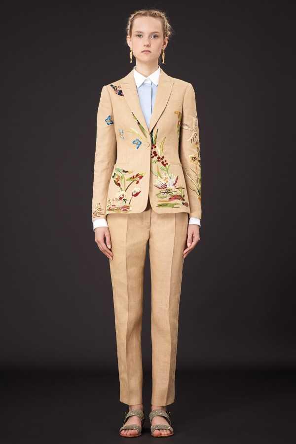 Курортная коллекция женской одежды Valentino 2015