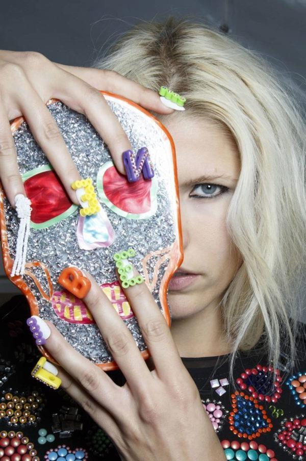 idei-modnogo-manikyura-vesna-leto-2015-4