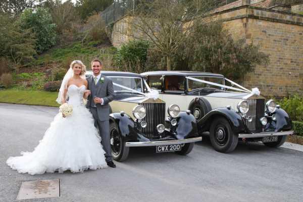 wedding-car-decoration-ideas11