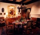 gothic-style-in-interior-design17