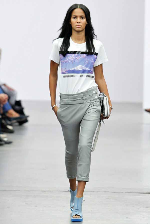 Современная женская одежда от  Iceberg 2014