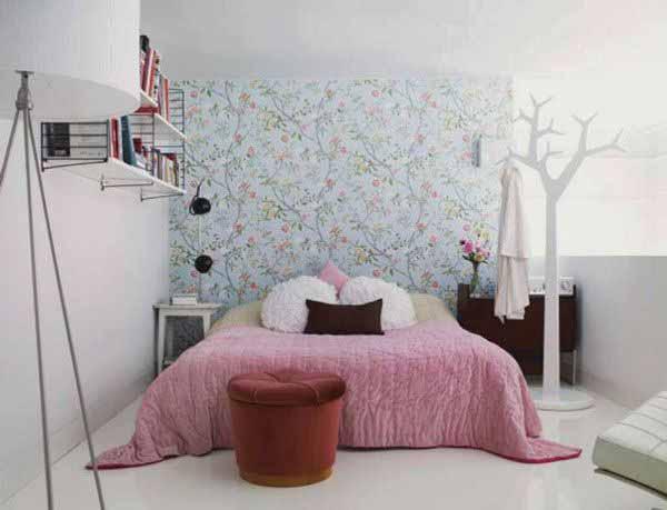 Идеи как сделать маленькую спальню больше