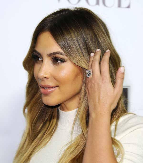 драматический взгляд от Kim Kardashian (Ким Кардашян)