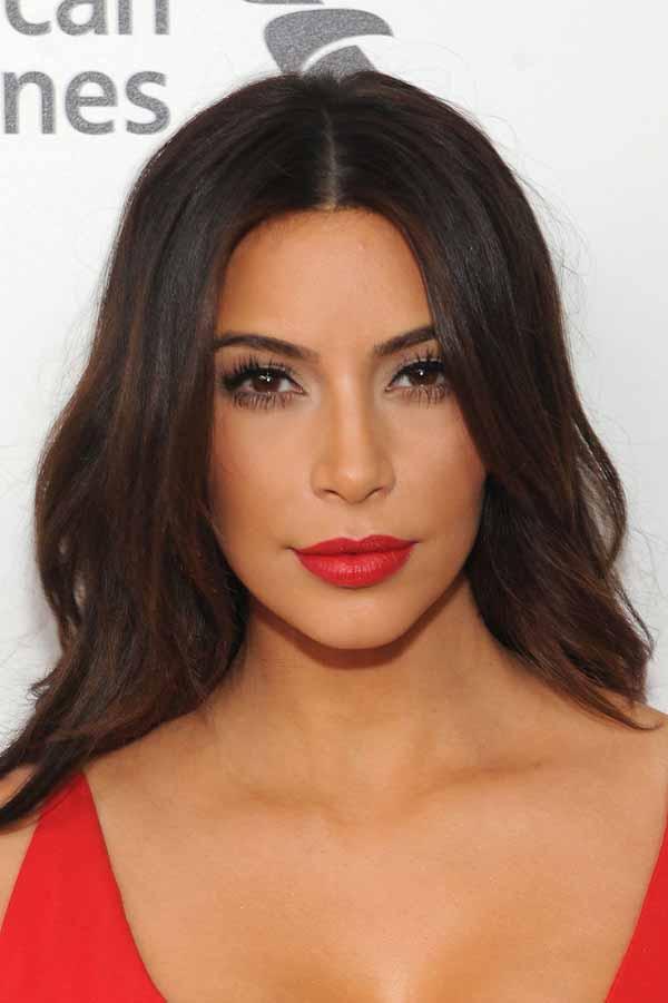 яркие губы от Kim Kardashian (Ким Кардашян)