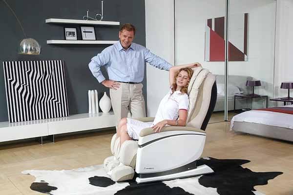massage-chair-in-interior