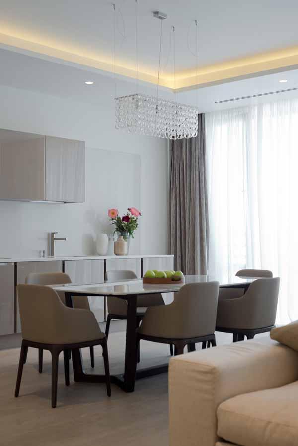 Интерьер современной квартиры в светлых тонах