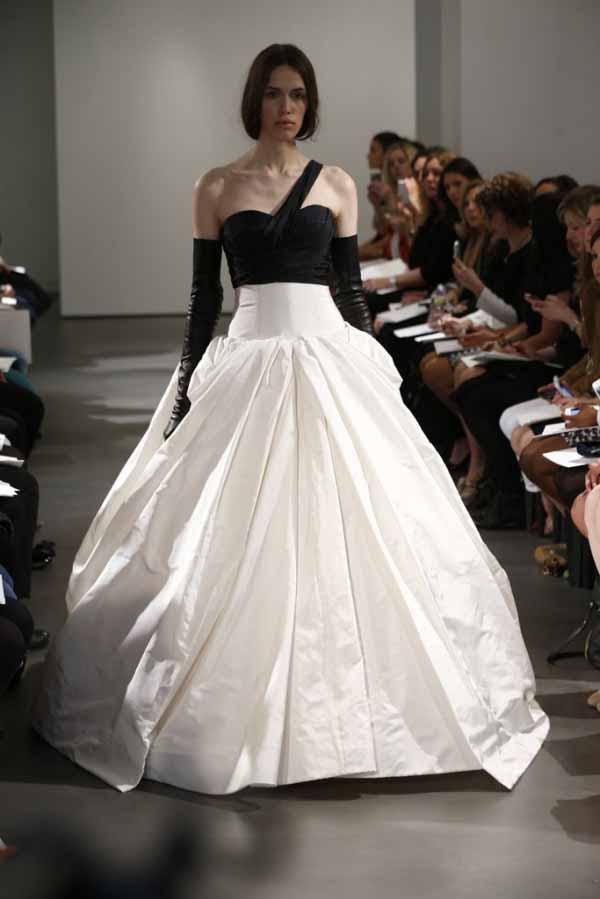 monochrome-bridal-dresses-2014-by-vera-wang-1