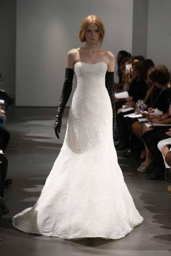 monochrome-bridal-dresses-2014-by-vera-wang-7