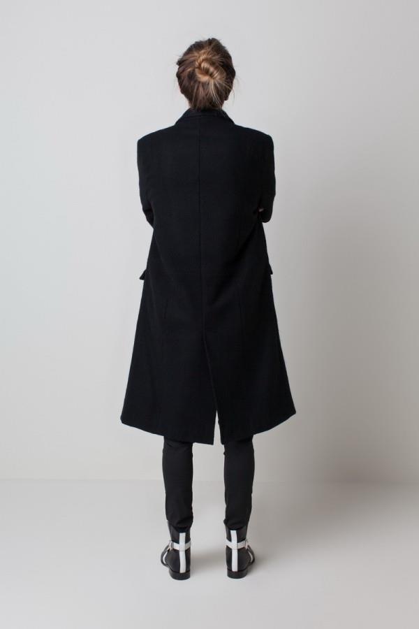 sovremennyiy-minimalizm-v-kollektsii-zhenskoy-odezhdyi-ot-emerson-fry-15