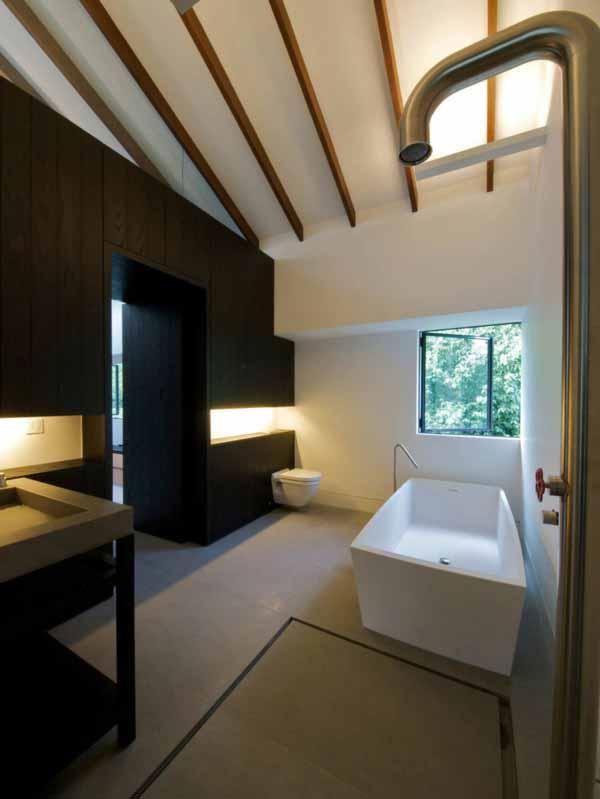 bathroom-minimalist-stylish-apartment-interior-singapore
