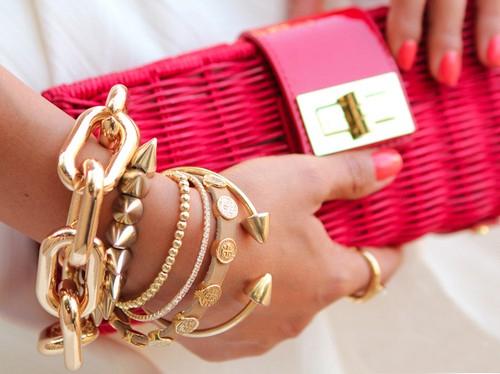 украшения для рук браслеты и кольца