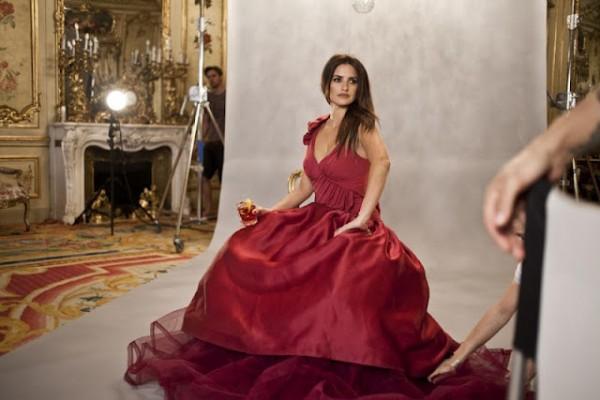 Penelope Cruz на съемке календаря для Campari 2013