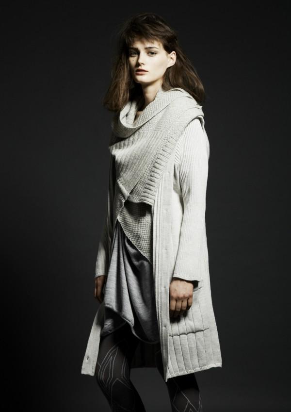 Вязаная женская одежда от Motohiro Tanji Осень-Зима 2013-2014