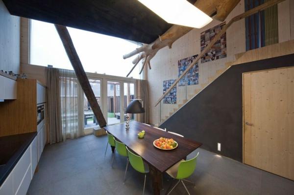Стильный и современный интерьер таунхауса