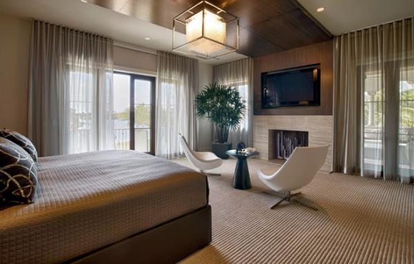 Как украсить интерьер спальни с помощью штор (4)