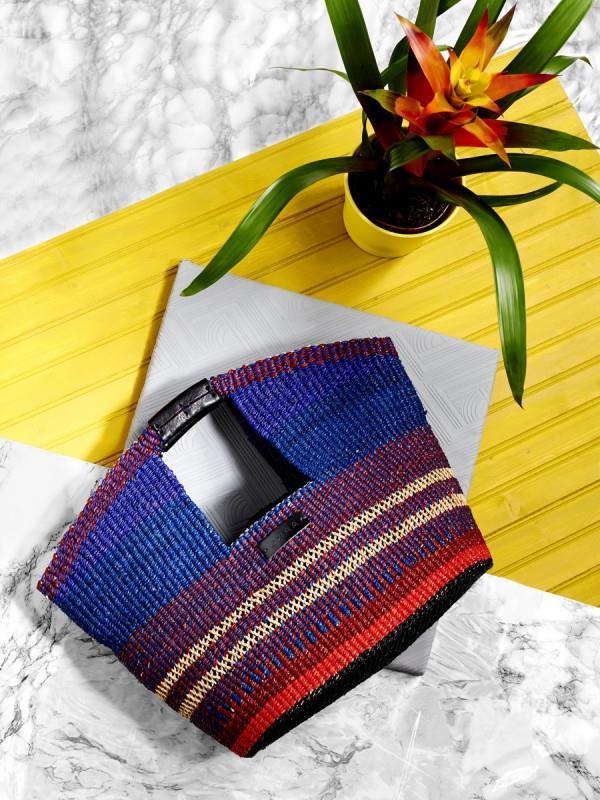 Коллекция плетеных сумок из рафии 2016 от бренда AAKS (7)