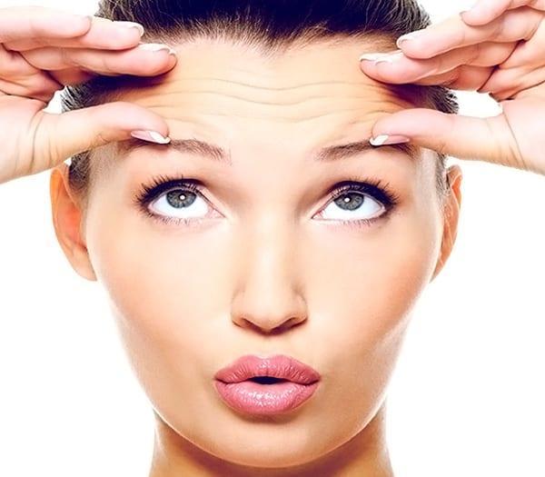 Средства для устранения первых морщин на лице